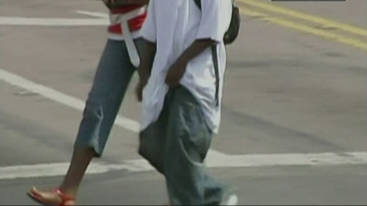 Commission says no to city wide ban for saggy pants