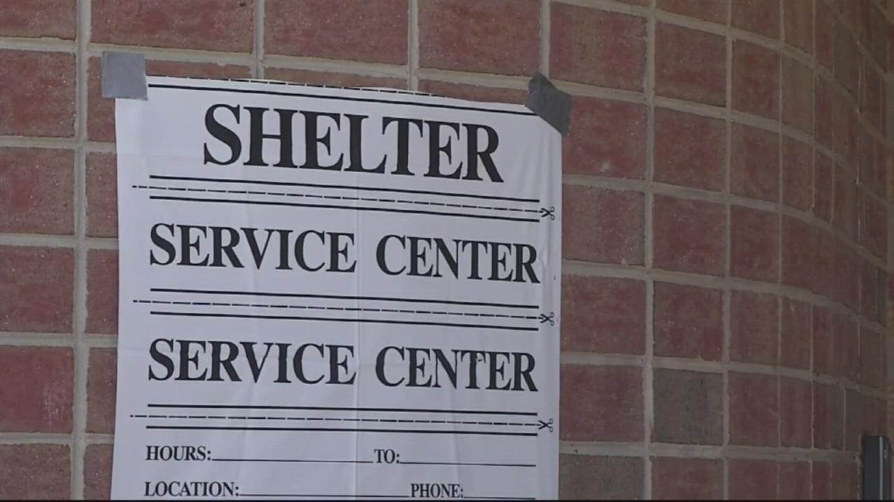 shelter pic sign_311487
