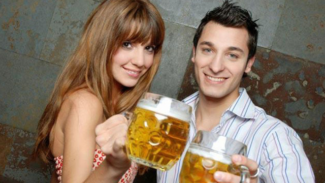 couple-drinking-beer_1517349143470_337747_ver1-0_32941946_ver1-0_640_360_373827