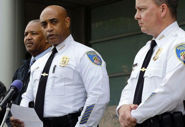 ap_baltimore_police_press_conference_jc_150430_4x3_992_194187