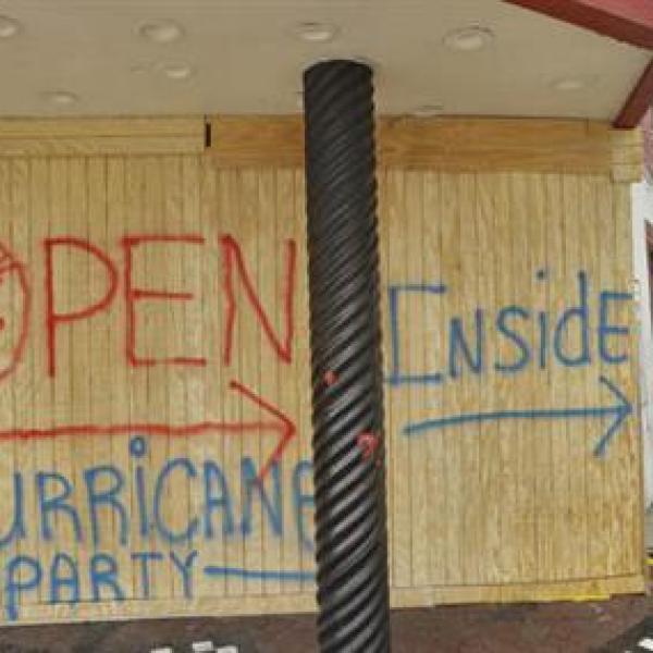 hurricane-party_221361