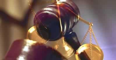 courtroom gavel_9417