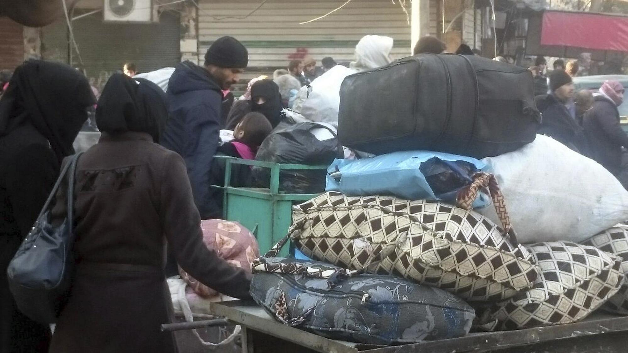 Mideast Syria, Aleppo evacuation December 15, 2016 Photo by UGC via AP Photo_255104