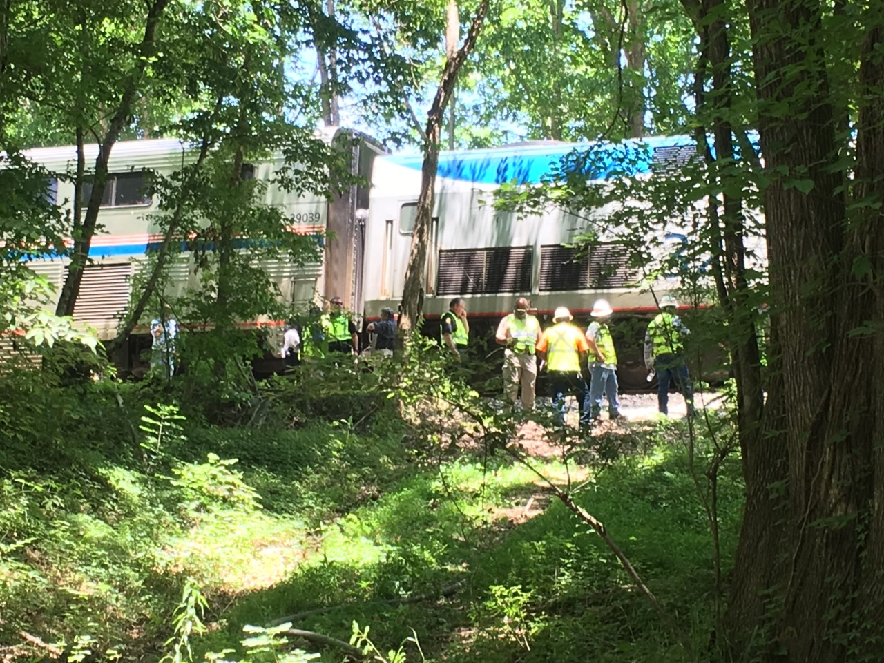 Three injured after Amtrak train crash in Bentonia: BREAKING