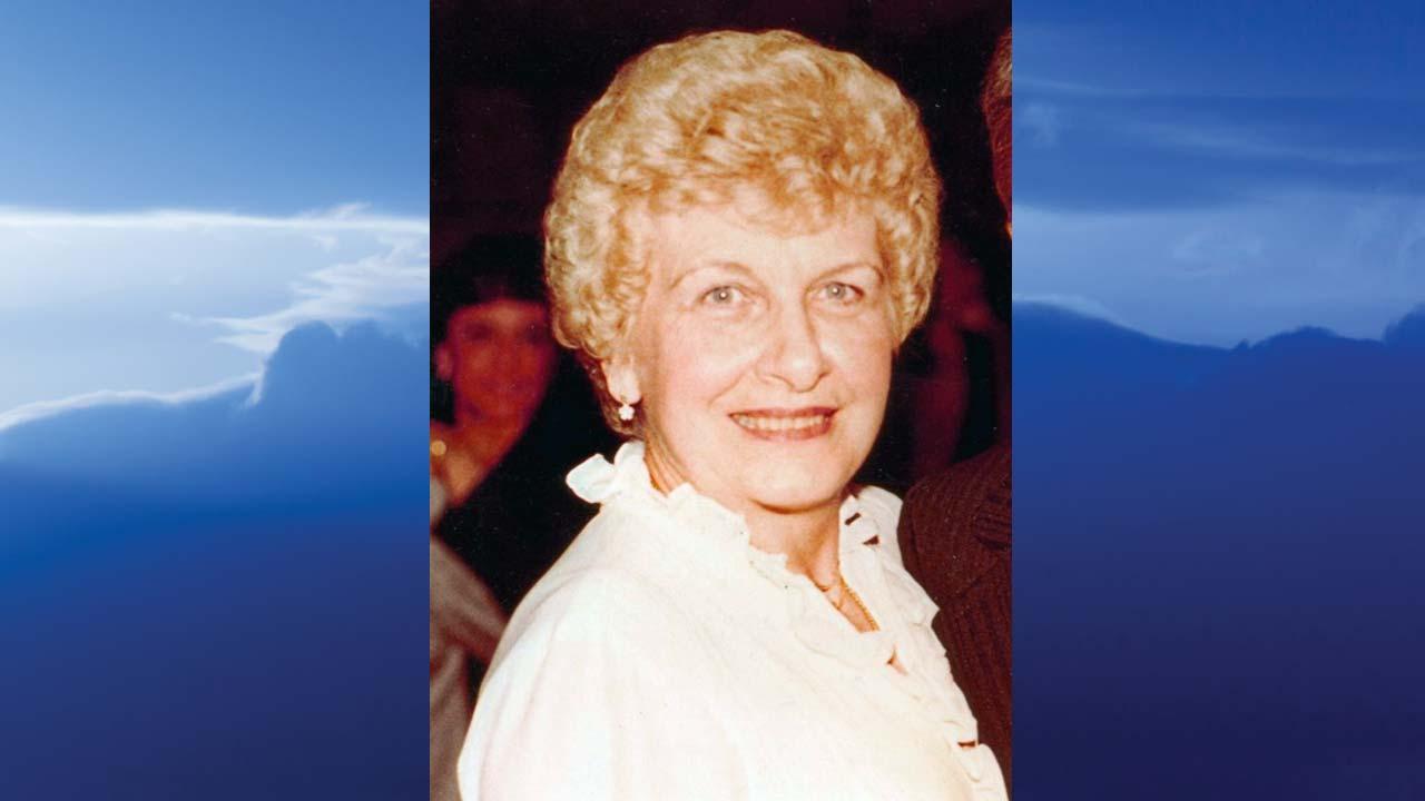 Irene M. Kasmer, Youngstown, Ohio - obit