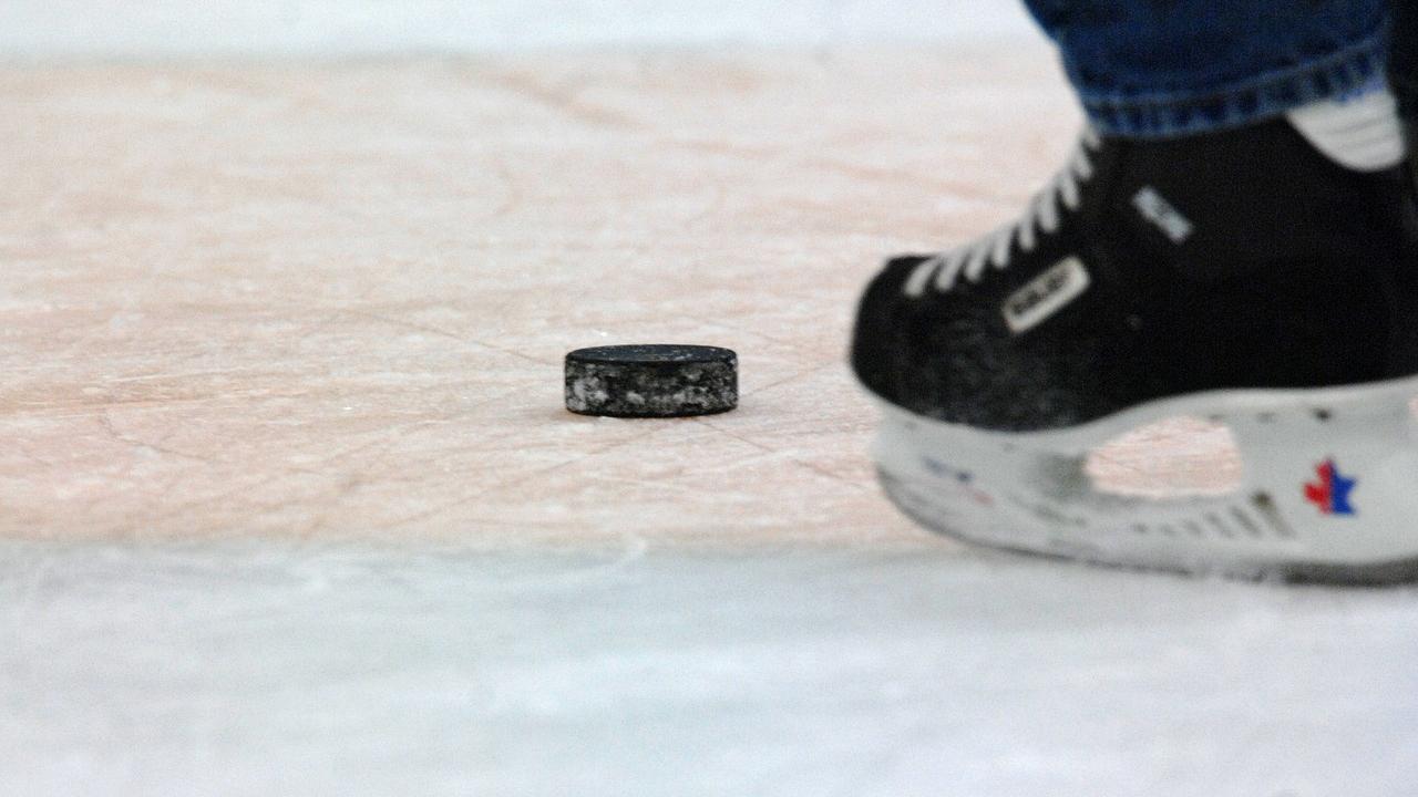 hockey-generic-_1556474773110.jpg