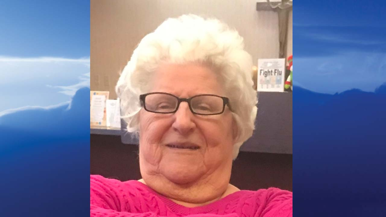 Julia Kelades, Campbell, Ohio - obit