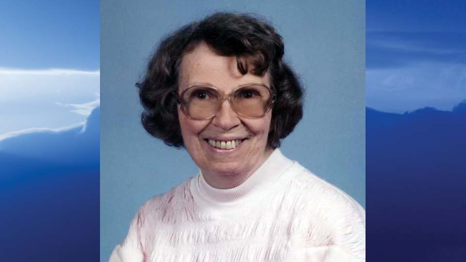 Joan Beverly Shoop, Salem, Ohio-obit