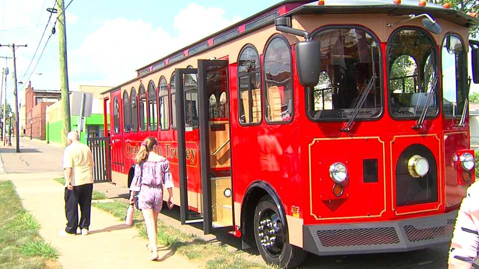 Quakertown Trolley, Salem
