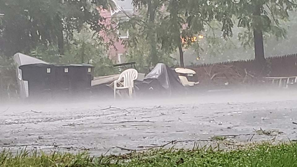 Photo submitted by Mike in Warren via Report-It