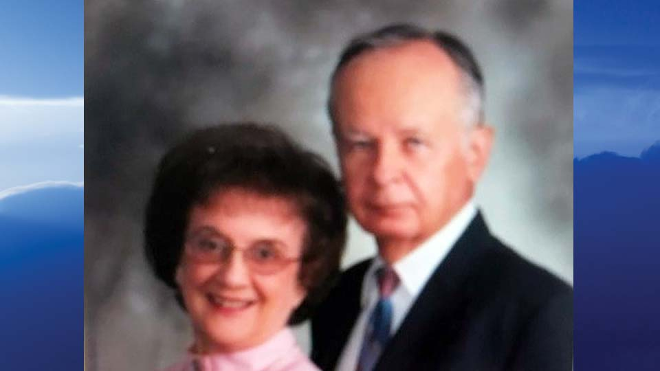 Elizabeth J. Hall, Hartford, Ohio - obit