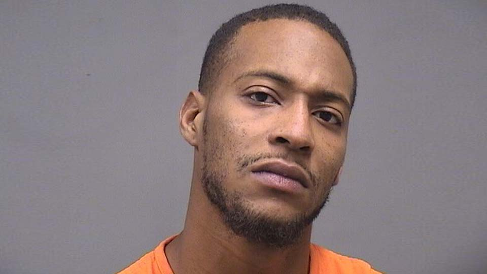 Izaiah Beacham, charged with failure to comply in Youngstown
