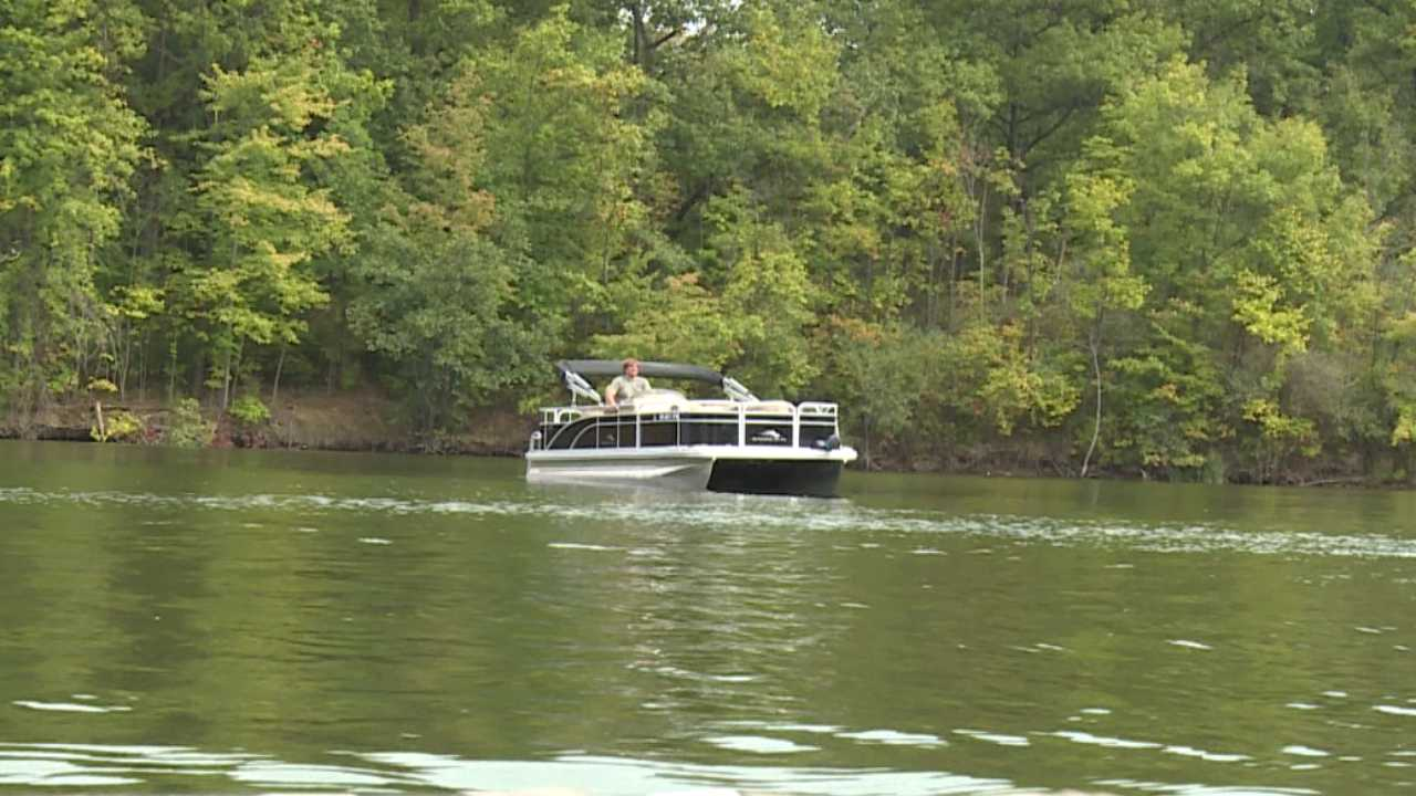Boat on Lake Milton