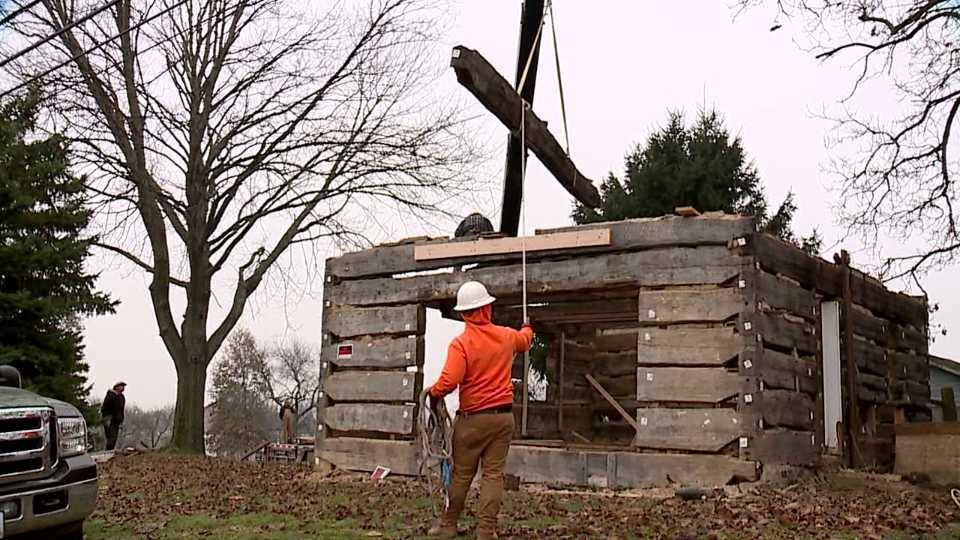 Log cabin in Fairfield Township