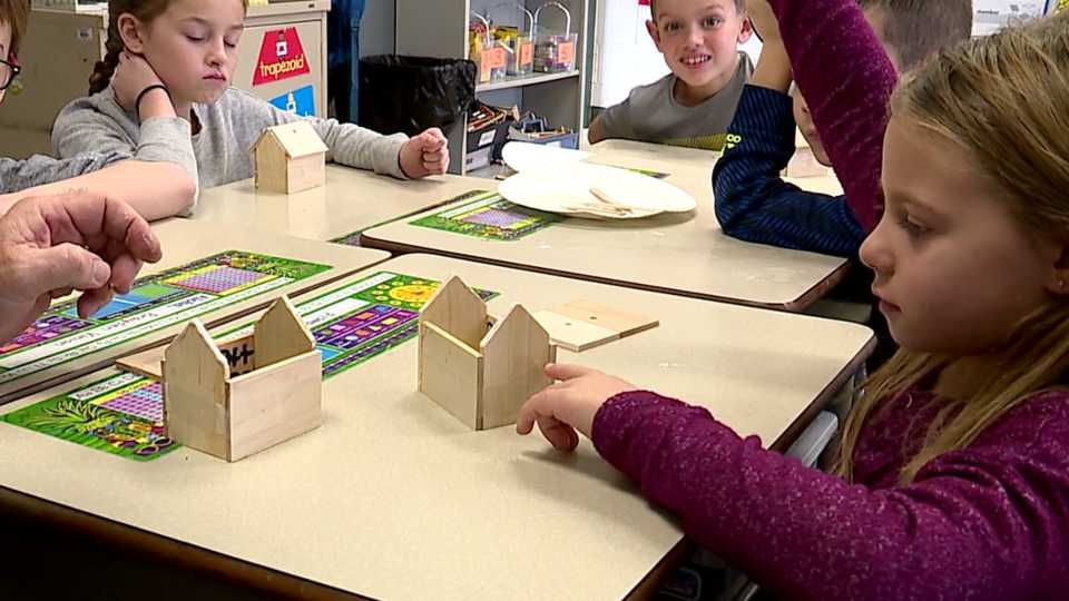 Canfield gingerbread houses, second grade