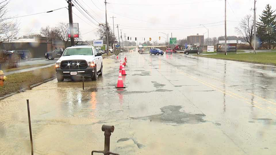 Youngstown, Meridian Road water main break