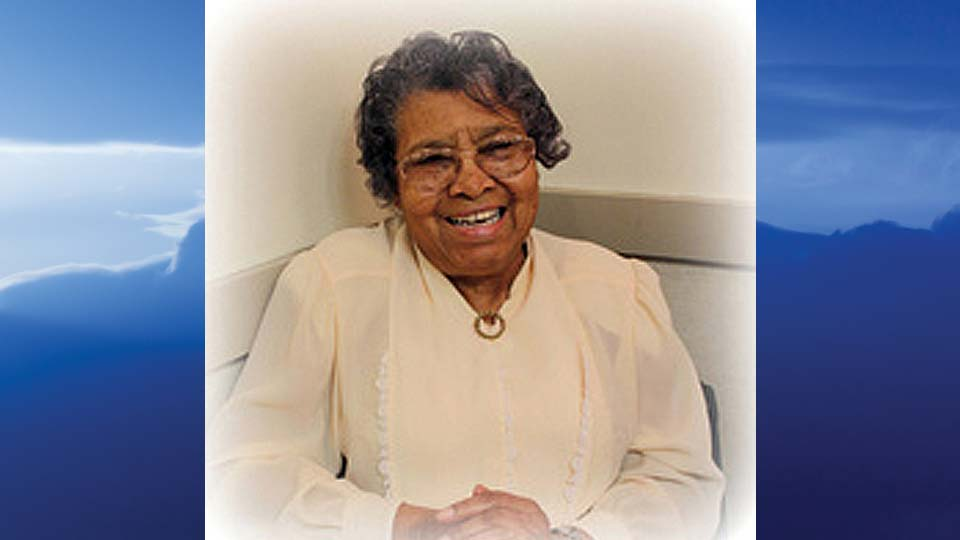 Estella McNeal Cummings Bender, Youngstown, Ohio-obit
