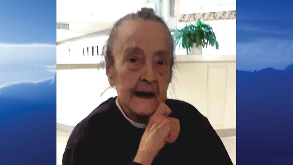 Ardena Mae Sharpnack, Sebring, Ohio - obit