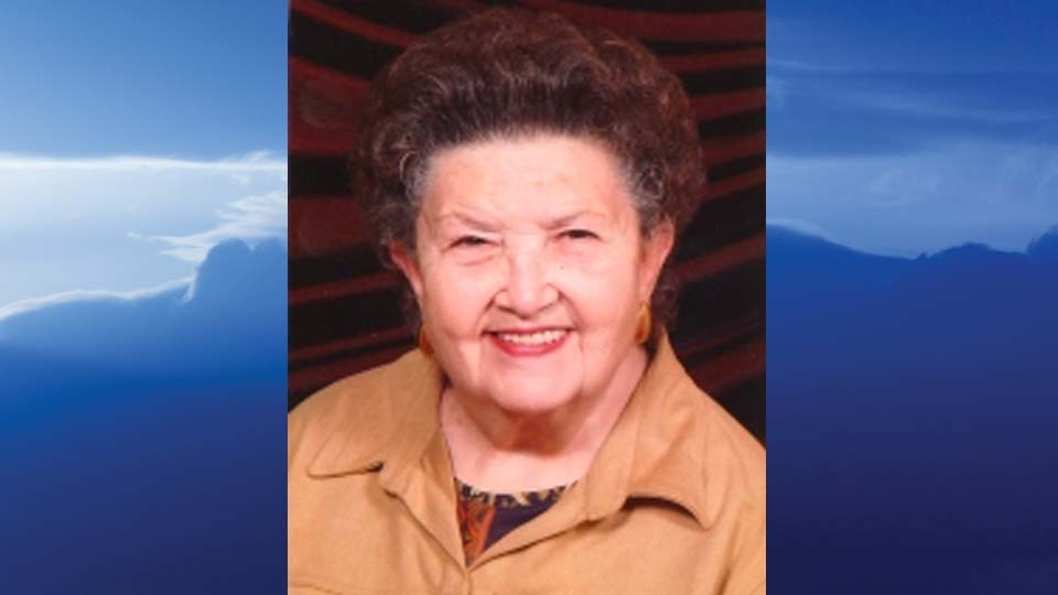 "Dolores ""Doe"" Ruth Roberts, Warren, Ohio - obit"