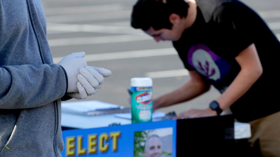 Politics in time of coronavirus: Arizona quietly picks Biden.