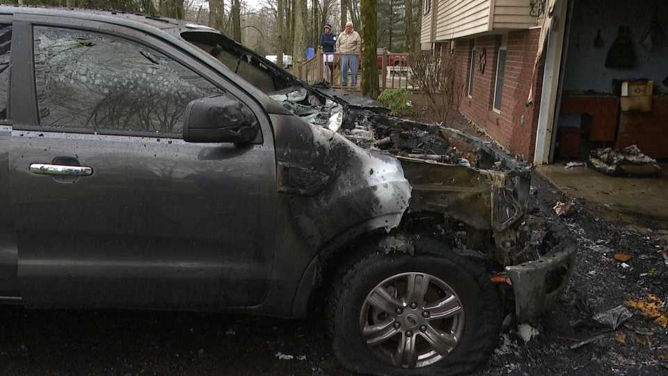 Cortland car fire damages other cars and garage