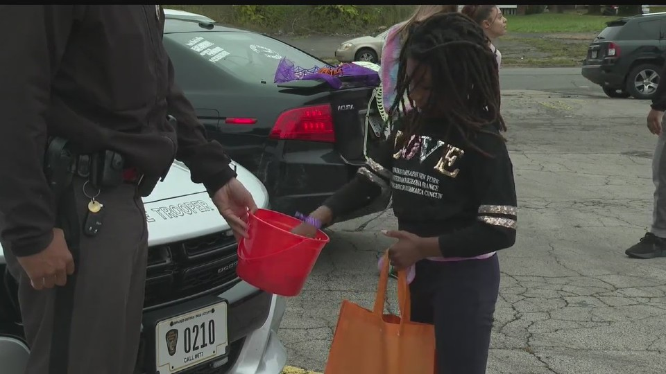 Trunk or treat in Youngstown