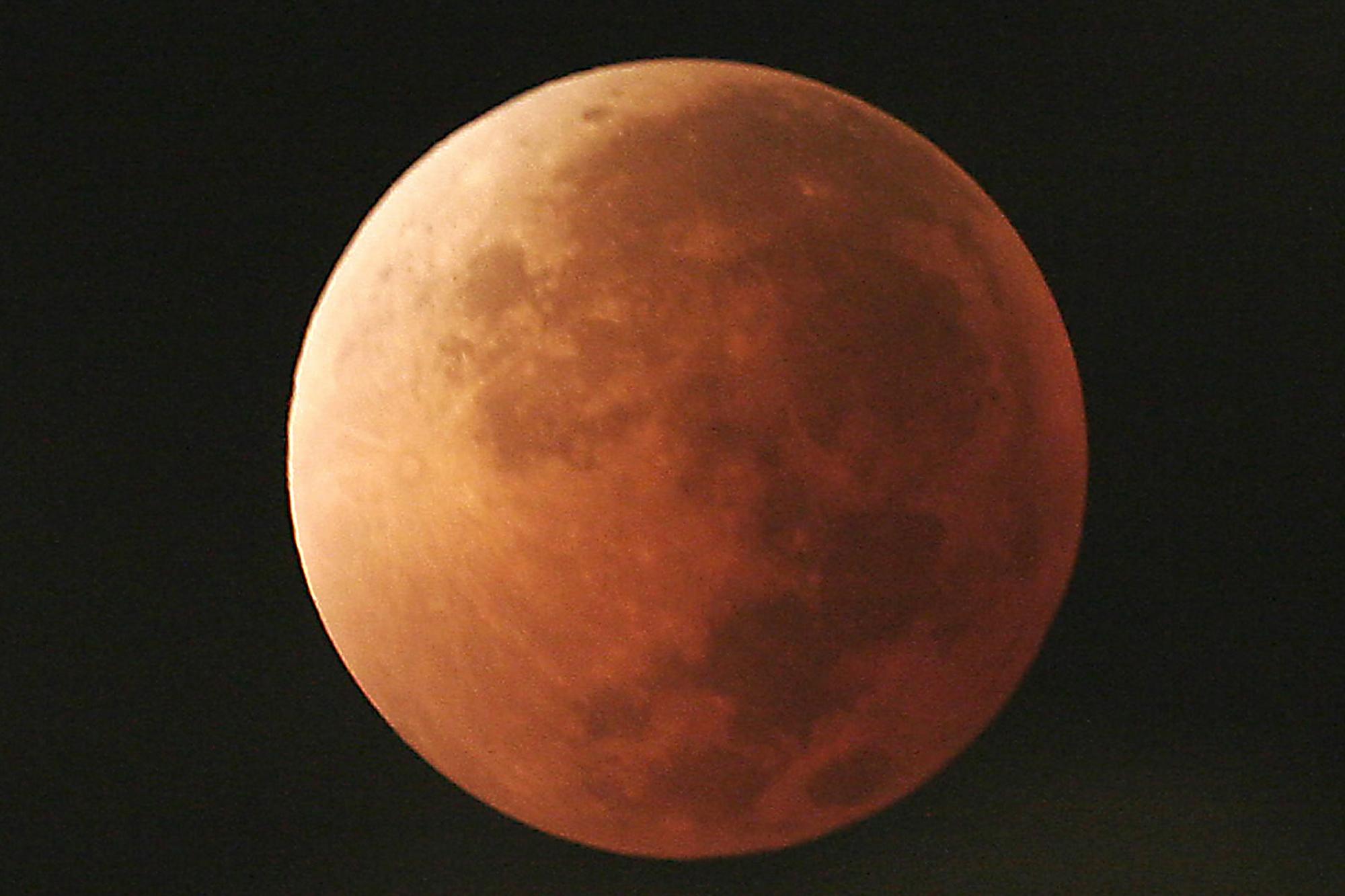 Lunar Trifecta_1517368607835