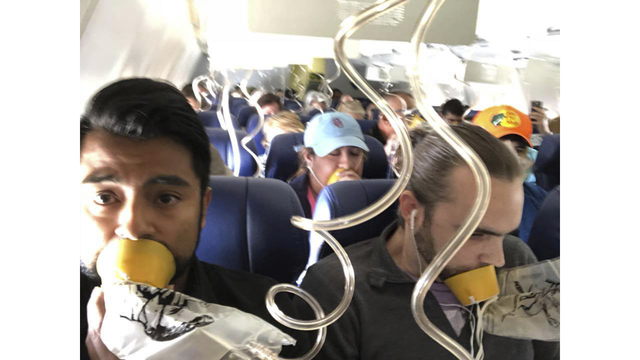 Southwest Airlines Emergency Landing_1527358725423