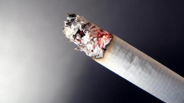 smoking cigarette with ash_23104814_22224285_ver1.0_640_360_1533042471539.jpg.jpg