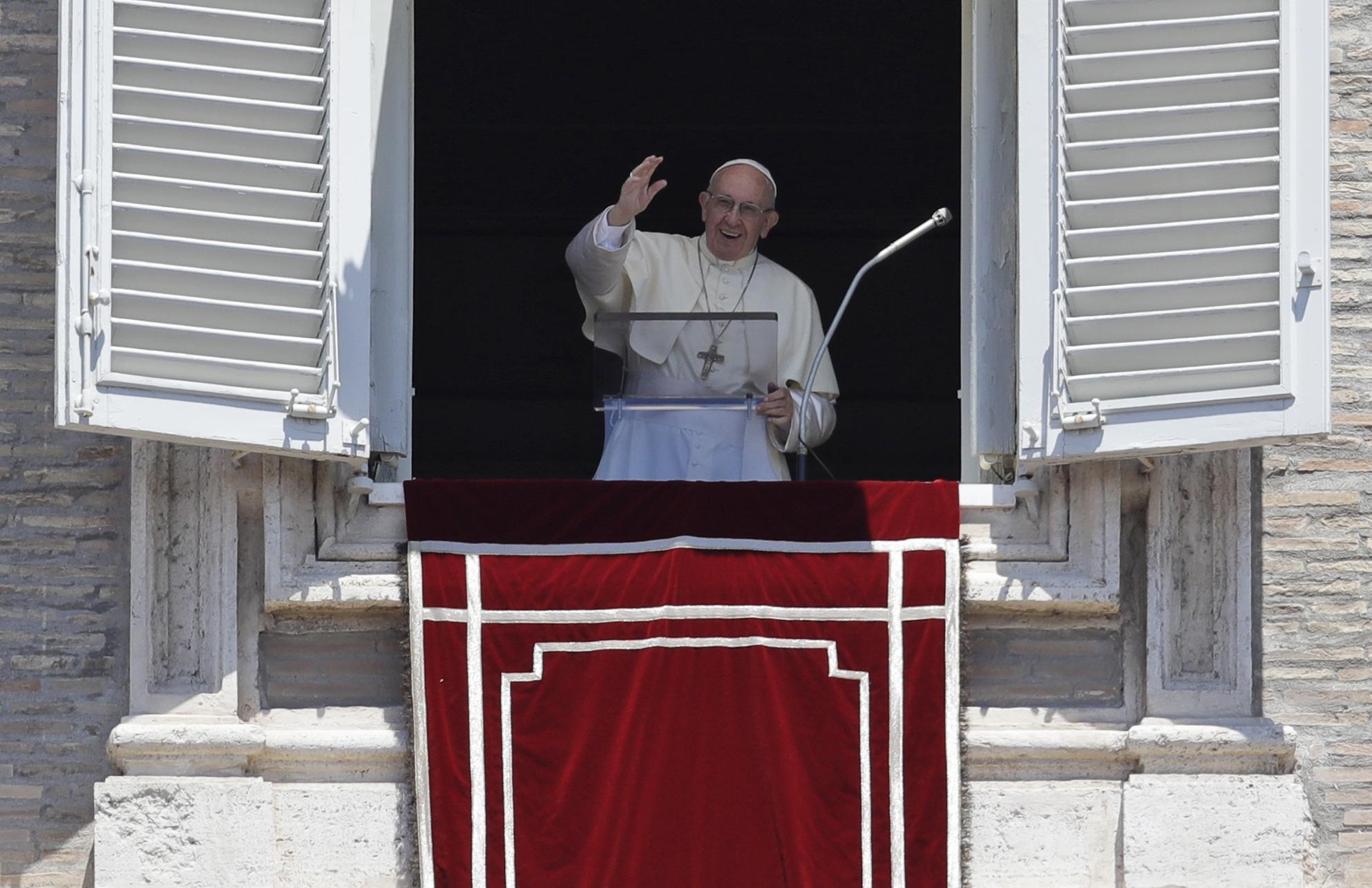 Vatican_Pope_82267-159532.jpg26162383