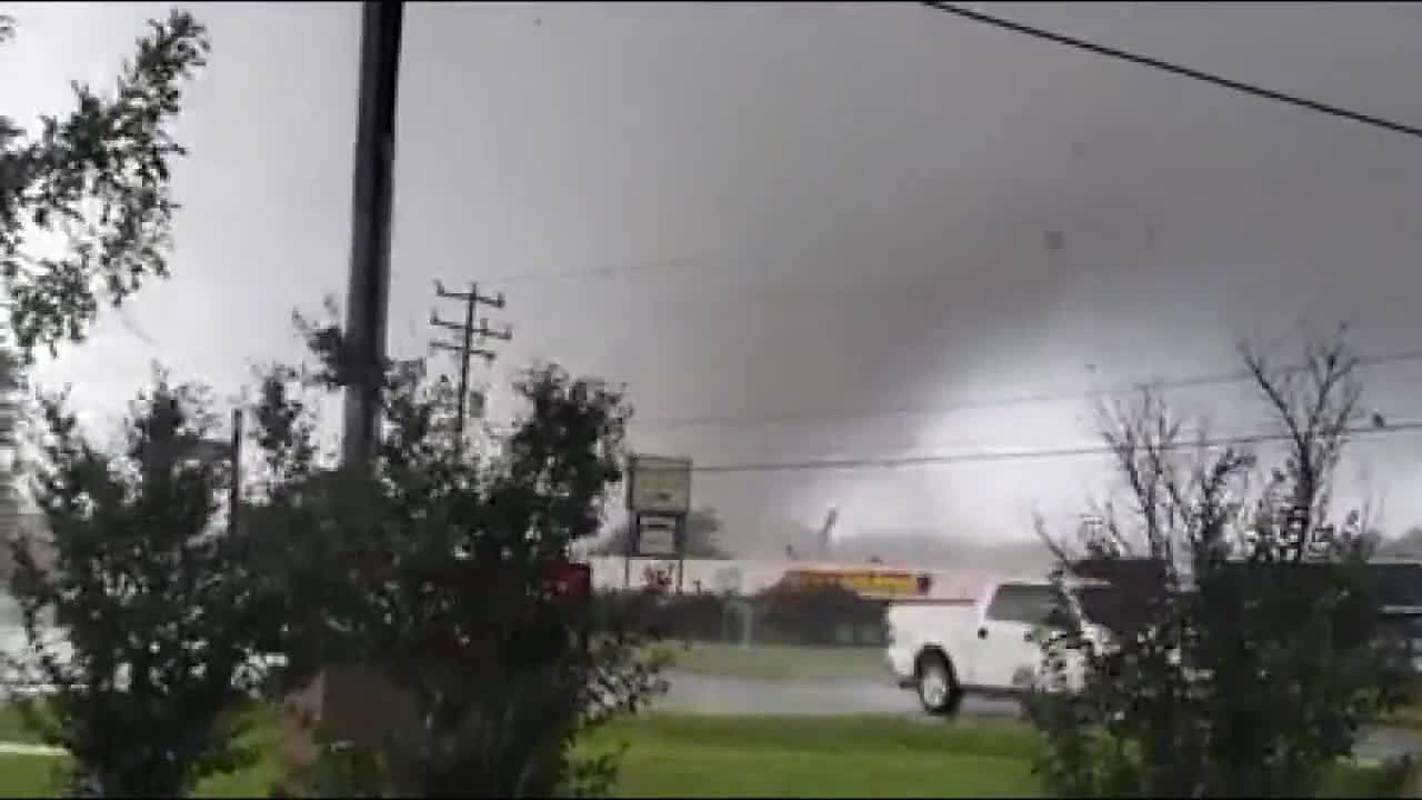 1 killed after tornado slams Virginia business