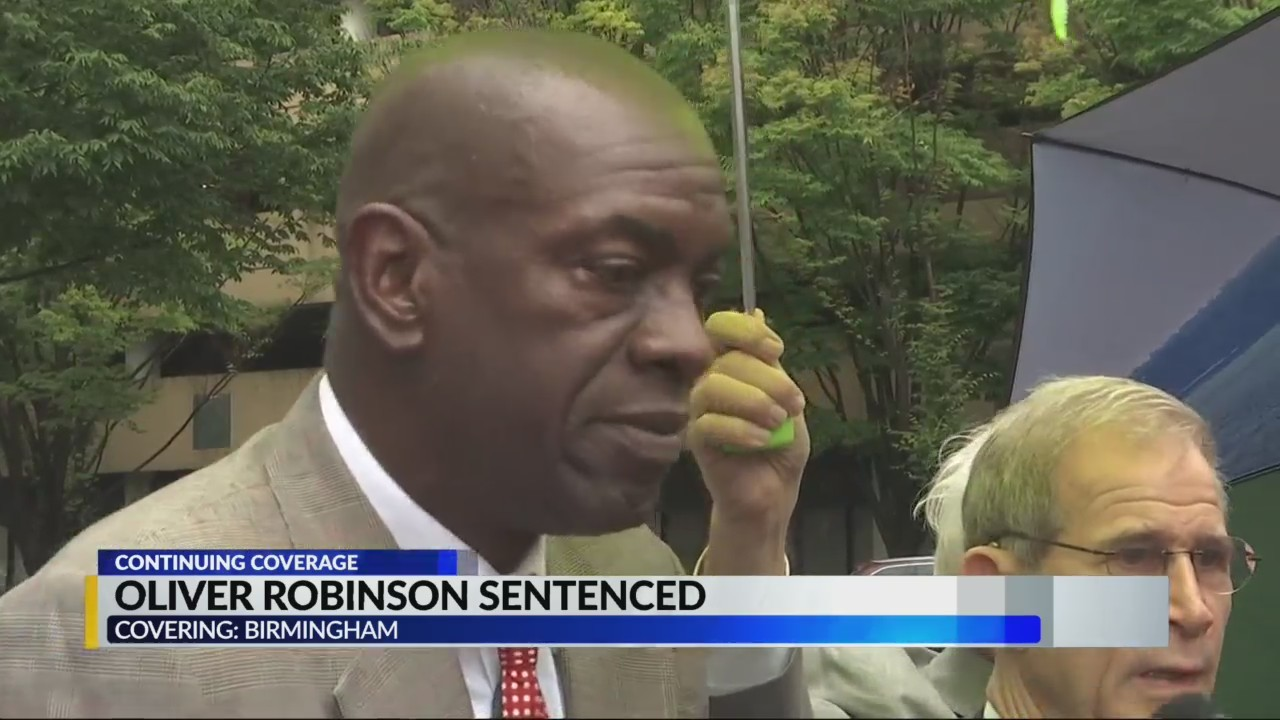Oliver Robinson sentenced to 33 months in prison