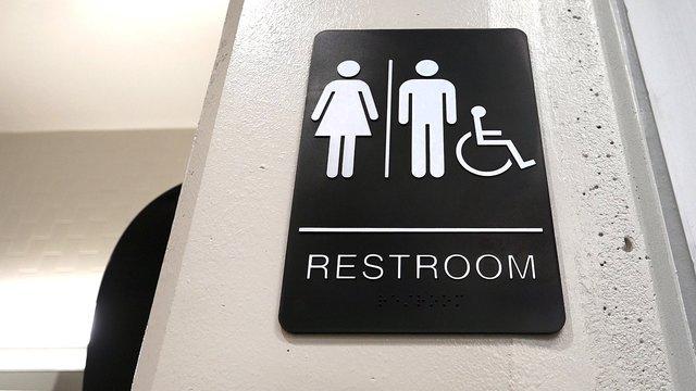 Transgender Bathroom School_1540237638342