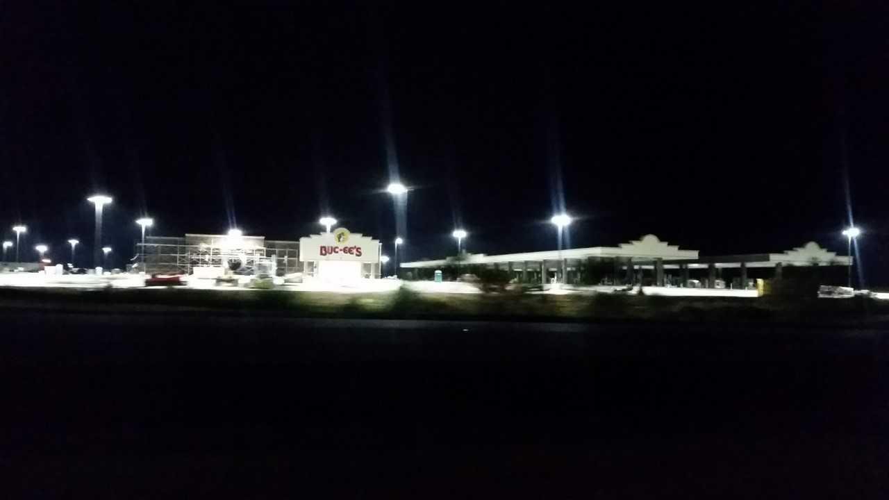 Buc-ee's lights on_1540292936674.jpg.jpg