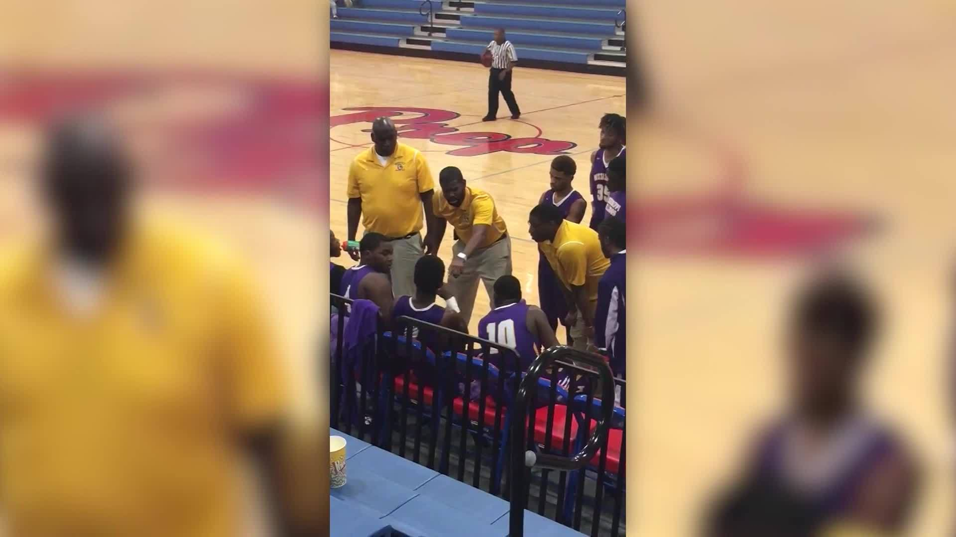 Viral_video_clip_shows_coach_with_basket_0_20181114153331