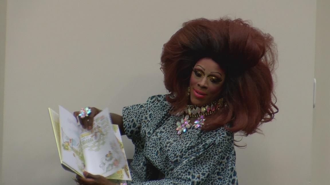 drag queen story hour_1542506349713.jpg.jpg