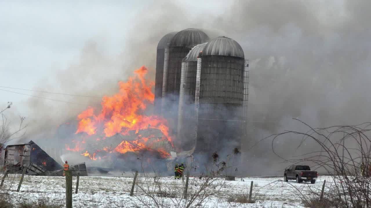 Barn fire kills more than 200 cows in Oneida County