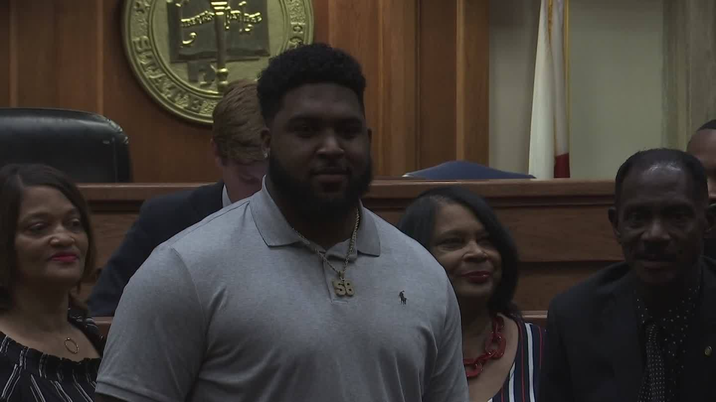 Alabama State's First 1st Round NFL Draft Pick Honored in Montgomery