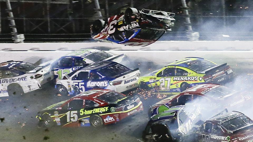 NASCAR crash austin dillon_65090