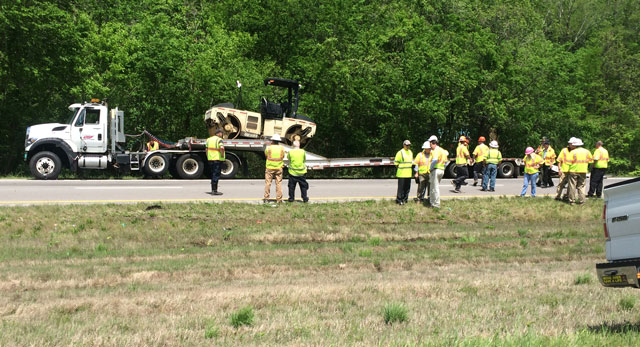 TDOT worker killed, 3 others injured in crash with semi on I-40