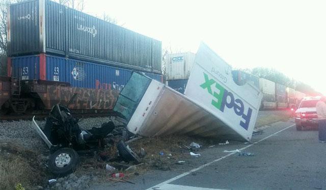 fedex-truck hit by train_348853