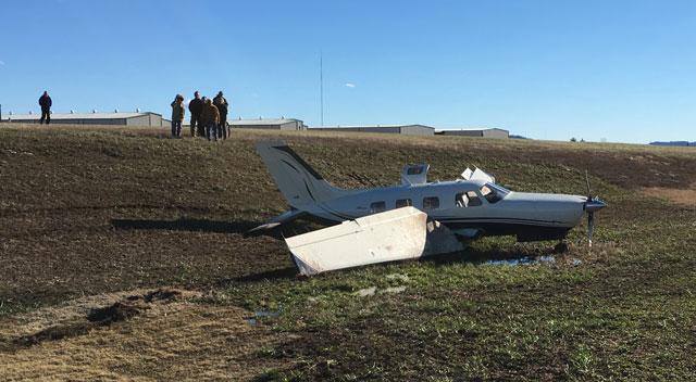 Plane off runway at John C. Tune_348782