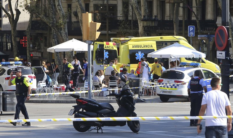 Barcelona van attack_435497