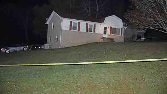 100 Oaks Drive Clarksville shooting invasion_458790