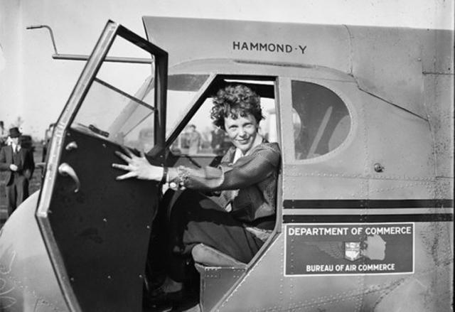 Amelia Earhart_492784