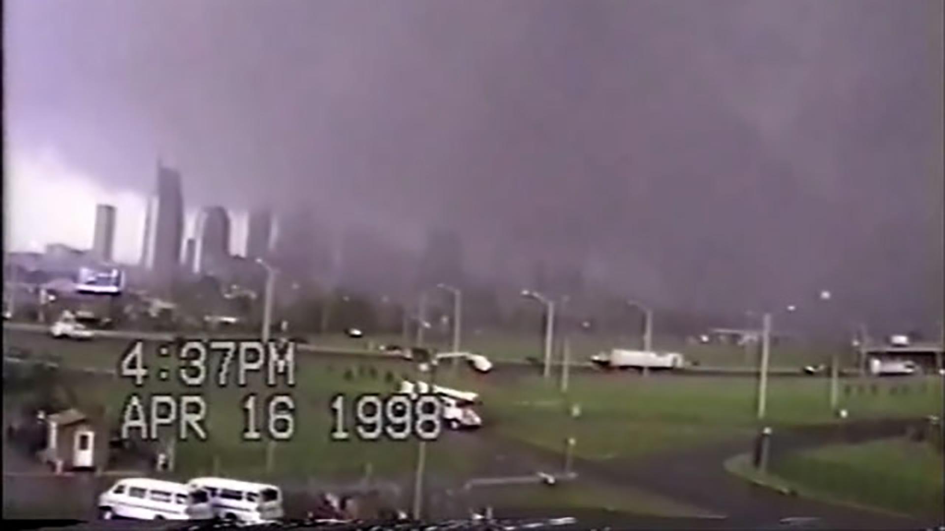 Tornado_01_1523805183873.jpg