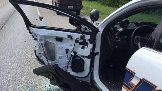 portland-officer-crash_1531261337601.jpg