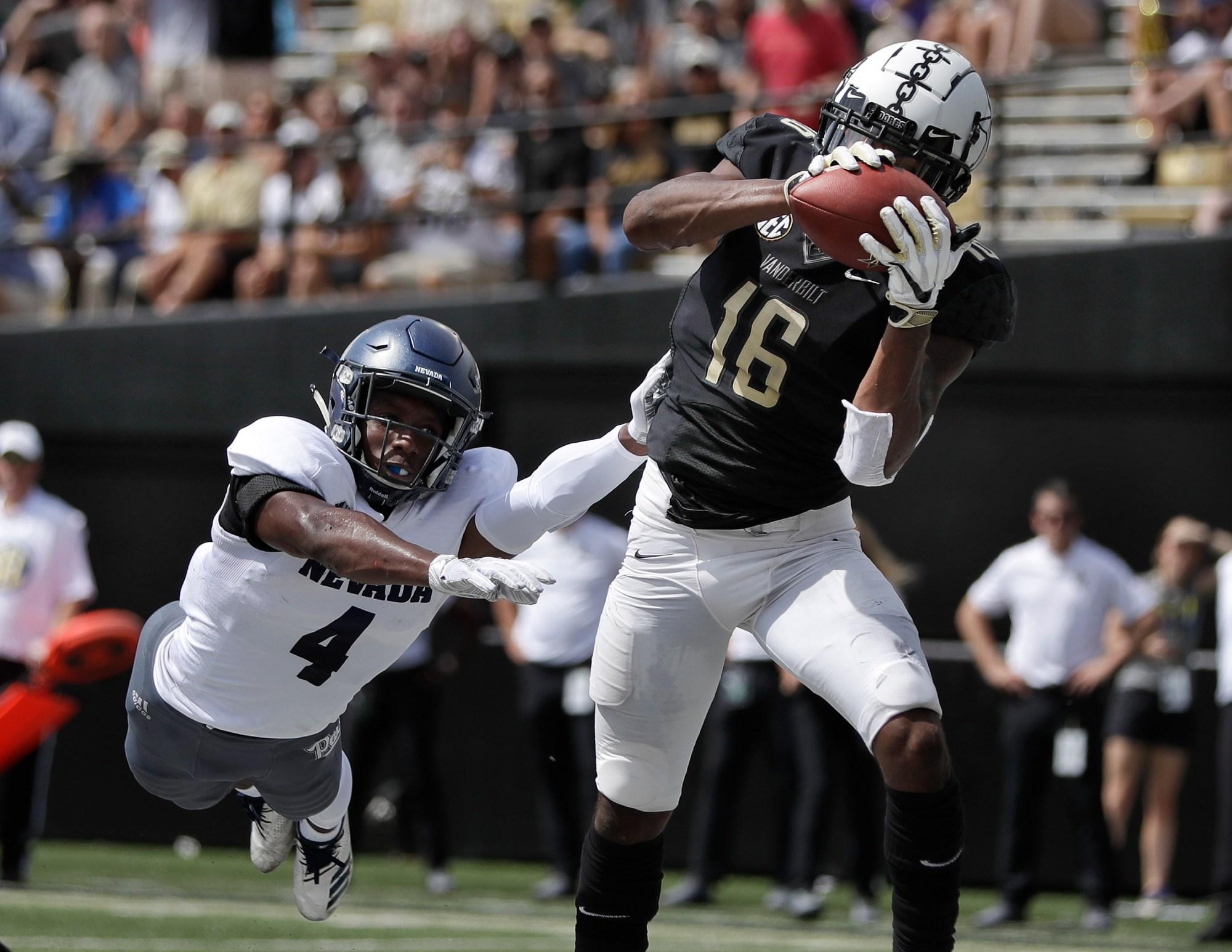 APTOPIX Nevada Vanderbilt Footballball_1536438775215
