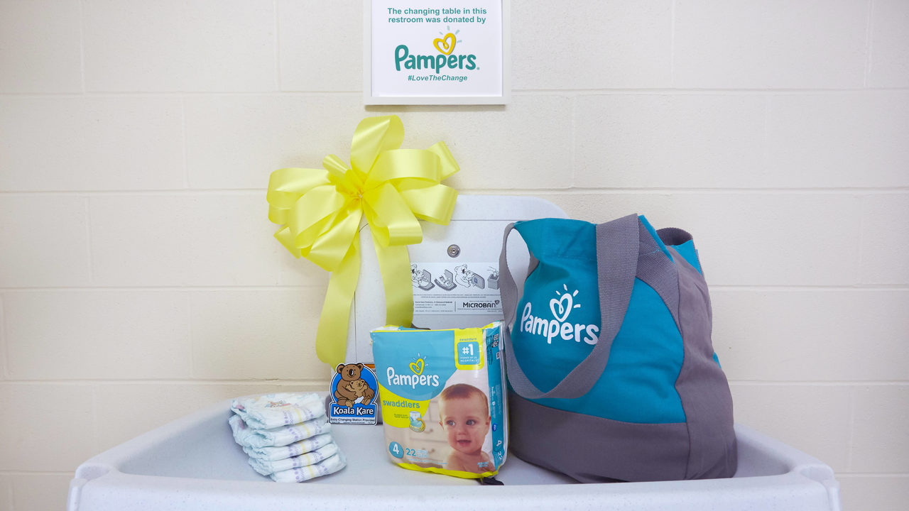 Pampers_Changing_Station_39235_copy2_1560280835794_493421_ver1.0_1280_720_1560362480635.jpg