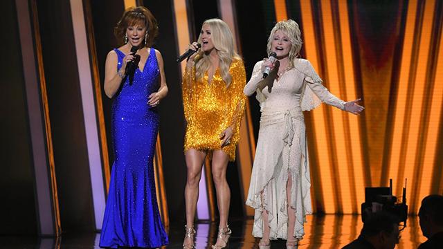 CMAs Reba Carrie Dolly